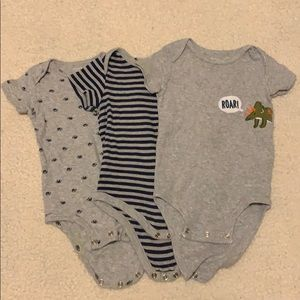 3 body suits for baby